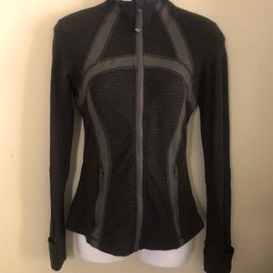 Lululemon gray zipper up jacket size 4